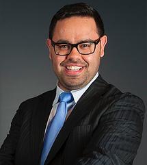 Bastien ÖK, Directeur valoricert